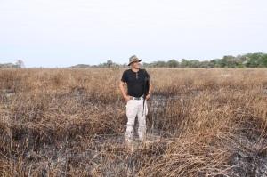Corrado Diamantini durante una missione presso la piana esondabile di Nhacessa nella stagione secca