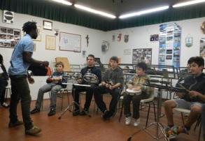 Joao percussioni mozambicane (2)